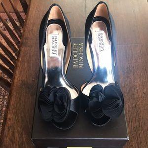 Bagley Mischka Randall Black Satin Shoes size 7.5